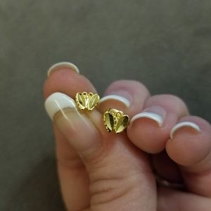 Jewelry - 10k saudi gold earring